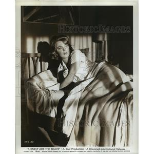 1962 Press Photo Lonely Are The Brave starring Gena Rowlands - lfx03027