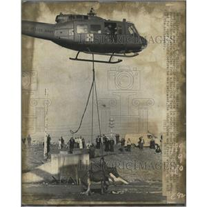 1973 Press Photo Army Medivac helicopter Cleveland mire