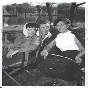 1957 Press Photo Anne Bancroft Richard Basehart Actors - RRY12405