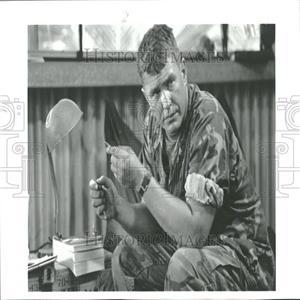 1993 Press Photo Tom Berenger American Film Actor.