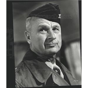 Press Photo Eddie Albert appears The Longest Day - RRY41125