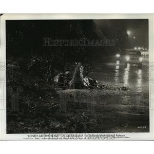 1962 Press Photo Lonely Are The Brave starring Kirk Douglas - lfx02552