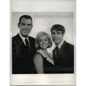 1960 Press Photo My Three Sons with Fred MacMurray, Don Grady, Tina Cole