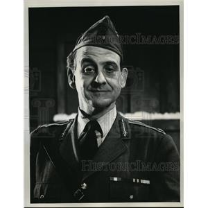 1965 Press Photo Hogan's Heroes on CBS with Hans Conried - lfx03227