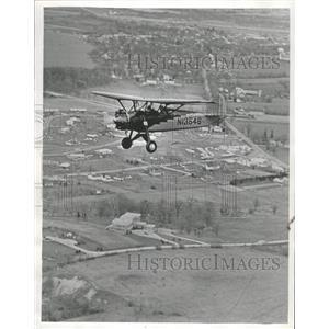 1971 Press Photo Dale Crites of Waukesha, Wisconsin, Flies a 1929 Davis D-1-W