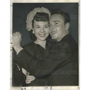 1945 Press Photo actress Jane Withers dancing w/ actor Eric Sinclair at Mocambo