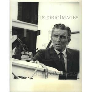 1967 Press Photo Michael Rennie guest stars on The FBI on ABC - lfx04433
