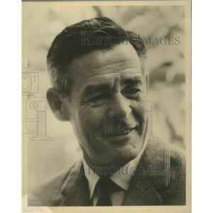 "1962 Press Photo Robert Ryan, co-star in musical ""Mr. President"" - lfx04827"