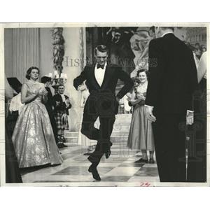 1958 Press Photo Cary Grant Ingrid Bergman dance reel - RRV06327