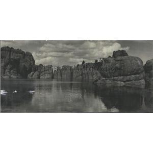 1932 Press Photo Scene Bluing Lake Dakota
