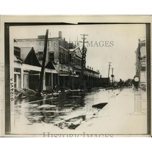 1928 Press Photo Main street in West Palm Beach Florida flooded by hurricane