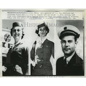 1961 Press Photo Crew members of the Pan American jet airliner - nef60559
