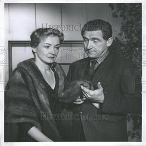 1958 Press Photo Dutch American actress Nina Foch