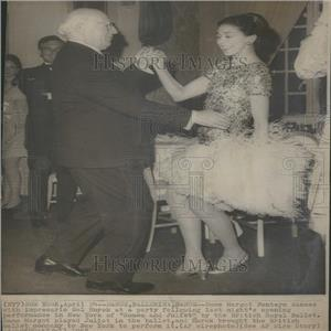 1968 Press Photo Dame Margot Fonteyn Dances Ballet