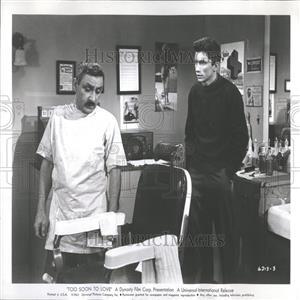 1961 Press Photo Actors Evans & Manza Too Soon to Love