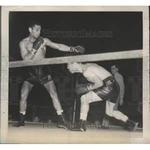 1939 Press Photo Pedro Montanez beat Ambrose Logan by TKO in round 5 of 10