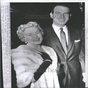 1954 Press Photo June Haver Fred Macmurray Premier Wife - RRY11287