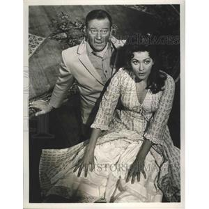 1967 Press Photo John Wayne, Yvonne DeCarlo in McClintock on CBS TV - lfx04874