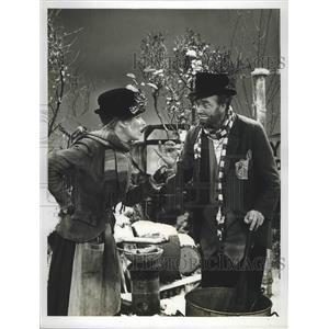 1966 Press Photo Two actors in a comedy skit on CBC teleevision - lfx04989