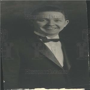 1926 Press Photo An Unidentified Songster