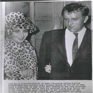 1962 Press Photo Elizabeth Taylor & Richard Burton Club