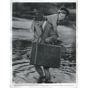 1956 Press Photo Jack Lemmon June Allyson Movie - RRV10775