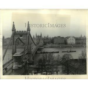 1935 Press Photo Elizabeth Bridge, Budapest, Hungary - ftx01412