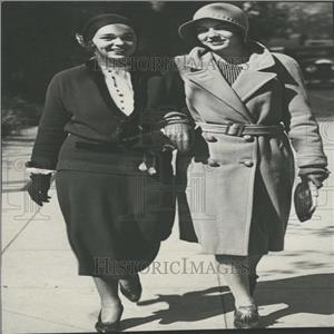 1930 Press Photo Engracia Freyer & Virginia Waggaman