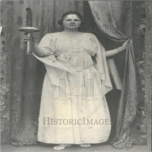 1920 Press Photo Woman Greek Dress Torch