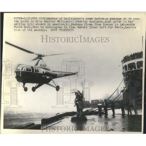 1947 Press Photo Helicopter Crew Delivers Package to SS America - ney26225