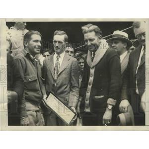1928 Press Photo George Haldeman & Eddie Stinson Receive $5,000 Check as Prize