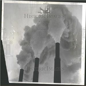 1961 Press Photo However Smoke Edison Chicago Rises