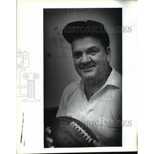 1992 Press Photo Football- Abramson's new head football coach Dave Titus.
