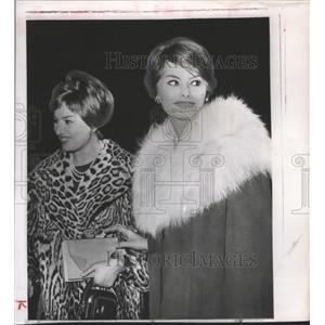 1959 Press Photo Actress Sophia Loren Arrives in Rome w/ Sister, Maria