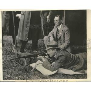 1933 Press Photo King Christian of Denmark in Copenhagen Shooting Society Match