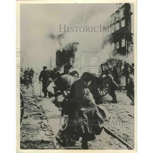 "1979 Press Photo ""The Unknown War"" World War II Documentary Scene in Stalingrad"