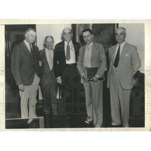 1933 Press Photo Interior Casper Alcova Warren Lewis