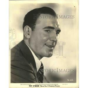 Press Photo Actor Pat O'Brien in a Warner Brothers film - sbx01472