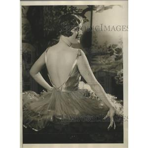 1928 Press Photo Clare Scott starring in Hold Everything on Broadway