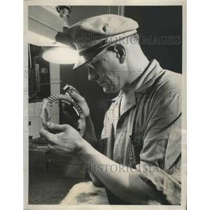 1940 Press Photo American Airlines Inc Makes Military Planes Gear of Propellers