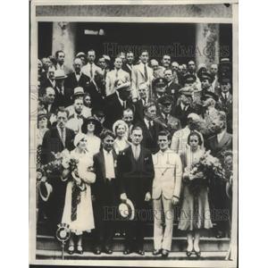 1931 Press Photo NYC Hall Reception for World Flyers Mr & Mrs Post, Mayor James