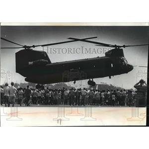 1970 Press Photo Army Chinook cargo carrier at Air Age '70 - mja61934