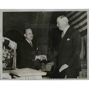 1835 Press Photo Postmaster General James Farley Congratulates Irving Steingut