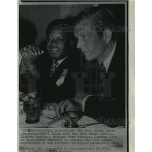 1969 Press Photo Reverend Ralph David Abernathy with Mayor John Lindsey