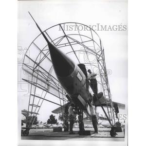 1960 Press Photo U.S Air Force F-10f D. Fighter Bomber Plane - nef65981