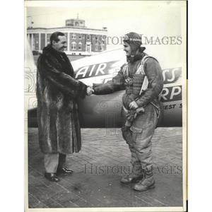 1933 Press Photo Harry V.Liew made Transcontinental Record for Commercial Plane