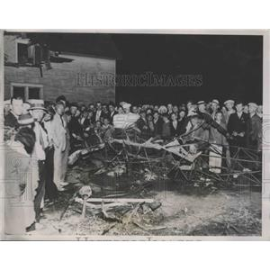 1935 Press Photo Scene of Plane Crash That Killed Rowland Gardner & 2 Passengers