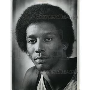 1974 Press Photo Milwaukee Bucks' Gary Brokaw - mja65742